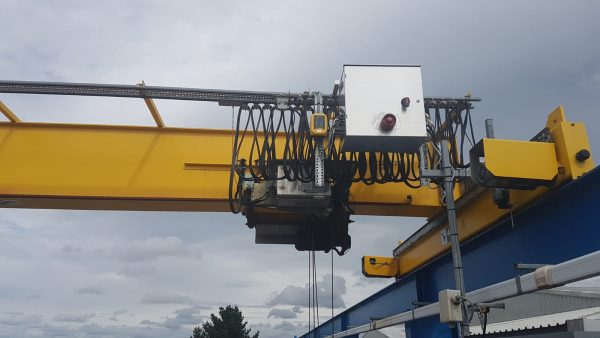 Hoist UK supplied, fitted and configured a radio control system onto one of our customers existing overhead cranes