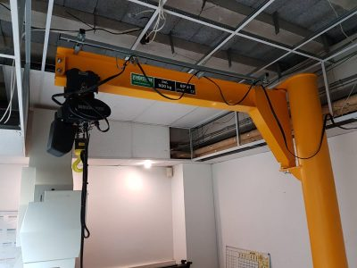 Underbraced Column mounted Jib Crane with Electric Chain Hoist and Push Travel Trolleys